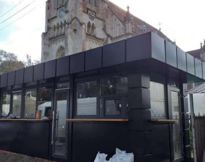 У Чернівцях хочуть  демонтувати МАФ біля костелу