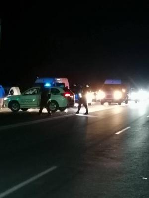 Поліція перекрила трасу під Чернівцями – фото