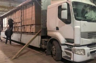 «Топ-контрабандисти України»: що відомо про 10 бізнесменів, щодо яких ввели санкції