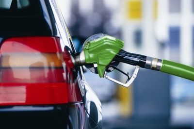 Що буде з пальним у квітні: прогнози вартості бензину