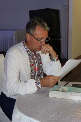 Колишній сільський голова на Буковині пише оповідання про своє село