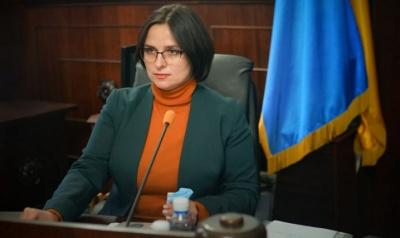 Дві земельні ділянки та авто: що задекларувала секретарка міськради Чернівців за минулий рік