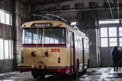 У Чернівцях спишуть п'ять тролейбусів: замість них обіцяють нові