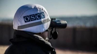 «Гради», танки та гаубиці: Росія стягує до кордону з Україною артилерію