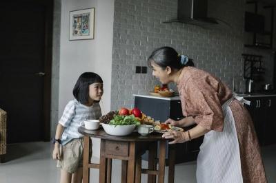 Як привчити дитину до правильного харчування: корисні поради