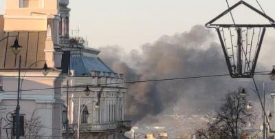 Масштабна пожежа у Чернівцях: горить завод «Розма»