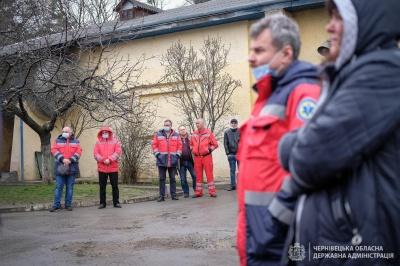 У Чернівцях центр швидкої допомоги отримав ще 8 нових автівок