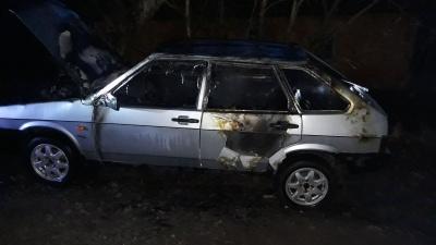 У Чернівецькій області спалахнув вогонь в легковику, водія госпіталізували з опіками