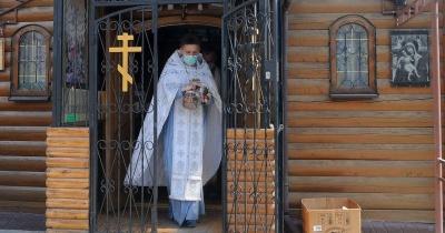 МОЗ вирішило розпочати вакцинацію священників