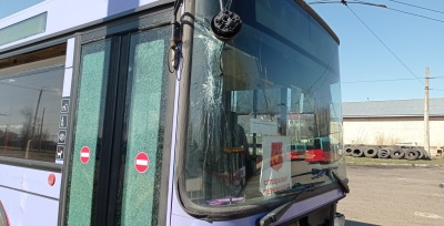 Водія тролейбуса, який спричинив ДТП у центрі Чернівців, звільнили