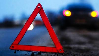 ДТП на Буковині: п'яний водій протаранив бетонний стовп
