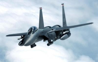 Чим прикриємо небо: Україна домовляється про закупівлю американських і французьких винищувачів