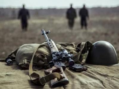 На Донбасі внаслідок прицільного обстрілу бойовиків загинув український військовий