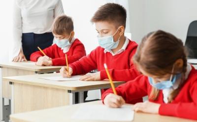 Стало відомо, у яких громадах Буковини учні ходять до школи