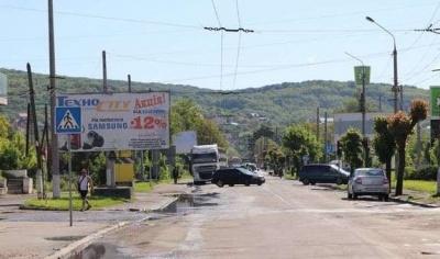 У Чернівцях на два дні перекриють рух транспорту на Хотинській