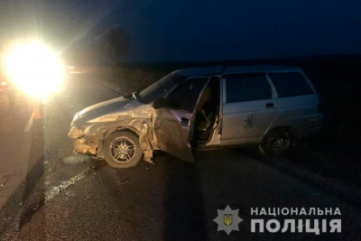 На Буковині зіткнулися легковик та мікроавтобус: 18-річний водій у лікарні
