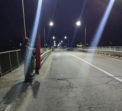 Живий коридор та свічки: Буковина зустрічає загиблих Героїв - відео