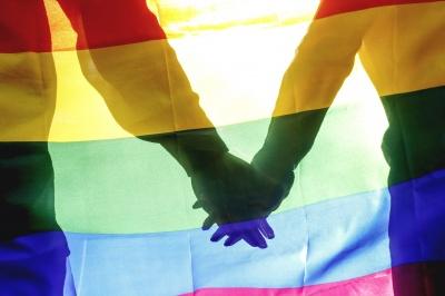 Гомосексуальним людям офіційно дозволили бути донорами крові в України