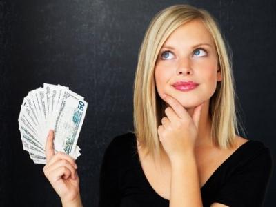 """Анекдот дня: про """"кишенькові"""" витрати жінки"""