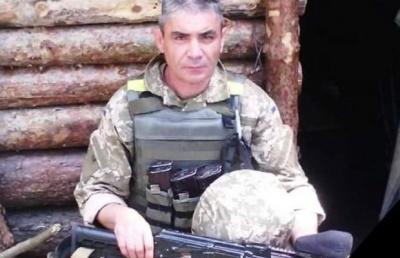 Втратив мамину хустинку і загинув: волонтерка передасть оберіг загиблого воїна з Буковини