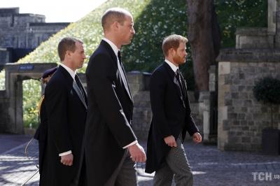У Британії триває церемонія похорону принца Філіпа - фото