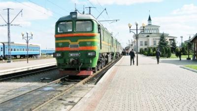 Укрзалізниця оновила список рейсів на Великодні свята: чи буде сполучення з Чернівцями