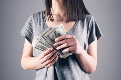 Як заощадити гроші, практично ні в чому собі не відмовляючи