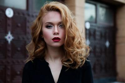 Топ секретів жінок, які мають розкішне волосся