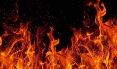У центрі Чернівців горить будинок