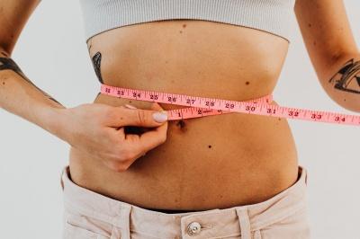 Як прибрати зайві сантиметри з талії: ефективні поради
