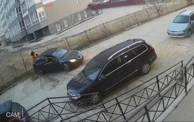 Самогубство прикордонника та феєрична ДТП у Чернівцях: головні новини 18 квітня
