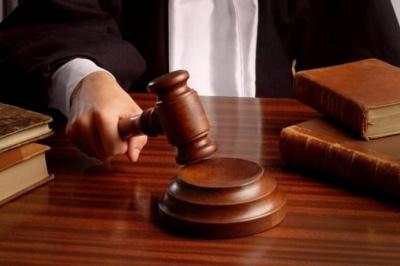 На Буковині засудили колишнього патрульного, який викрав автівку