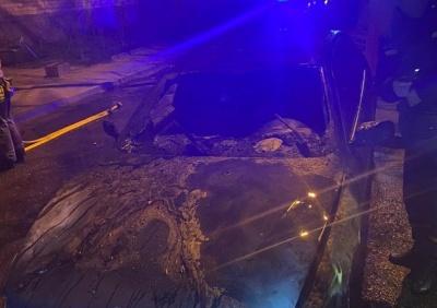 Нічний підпал автомобіля у Чернівцях: у поліції відкрили кримінальну справу