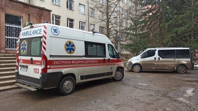 У Чернівцях досі не встановили причину пожежі в ковідній лікарні