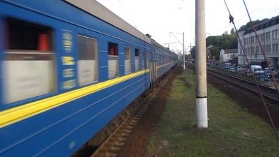 Укрзалізниця відновила залізничне сполучення з Чернівцями