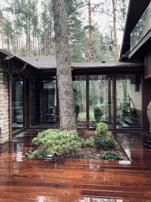 Стильно і екологічно, або Чому дерев'яні вікна і двері кращі за металопластикові?*