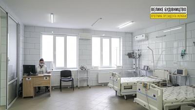 Рятуватимуть пацієнтів прямо з порогу: у лікарні Чернівців запрацювало оновлене приймальне відділення