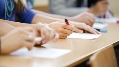 Чи будуть вчитися школярі Чернівців у червні: відповідь чиновника