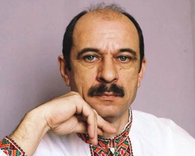 На Буковині через важку хворобу пішов з життя письменник Віктор Максимчук