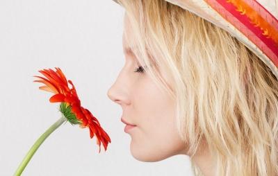 Як повернути нюх після коронавірусу - поради лікарів