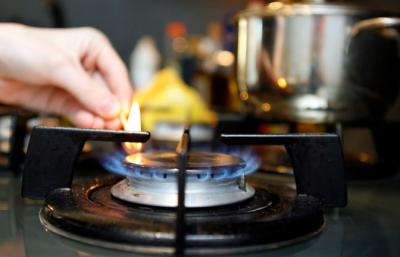Нові ціни на газ та поламані смітники через крадіжку. Головні новини минулої доби