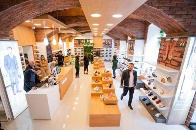 Румунський виробник взуття з натуральної шкіри Marelbo відкрив новий магазин у місті Чернівці та перший в Україні*