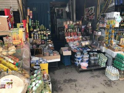 Сири і ковбаси не в холодильнику:  через порушення можуть закрити цілий сектор Калинівського ринку