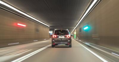 Небезпечні ілюзії, з якими часто стикаються водії за кермом