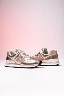 Кросівки жіночі – якому бренду надати перевагу*