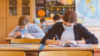 Стало відомо, коли у Чернівцях відновлять очне навчання для старших класів