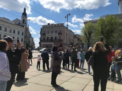 """""""Між Львовом і Чернівцями обираємо столицю Буковини"""": стартував туристичний сезон"""