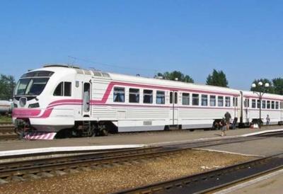 Потяг, який сполучає Коломию з Чернівцями, не курсуватиме 6 травня