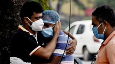 Індія потерпає від небаченого спалаху коронавірусу