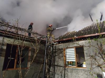 Горіли хата і сарай: на Буковині за два дні сталося 15 пожеж